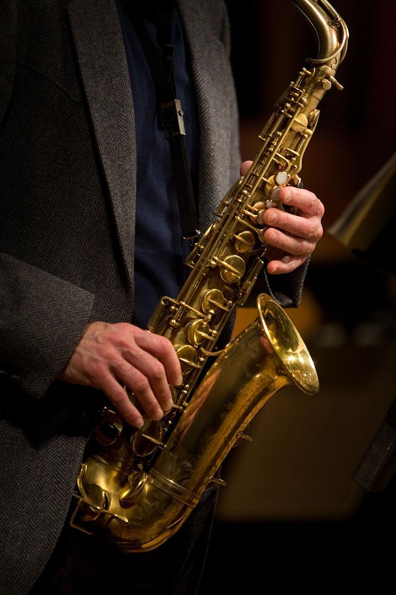 乐器,萨克斯,萨克斯手,乐谱,表演,音乐人,摄影,与摄影有关的场景,图像图片