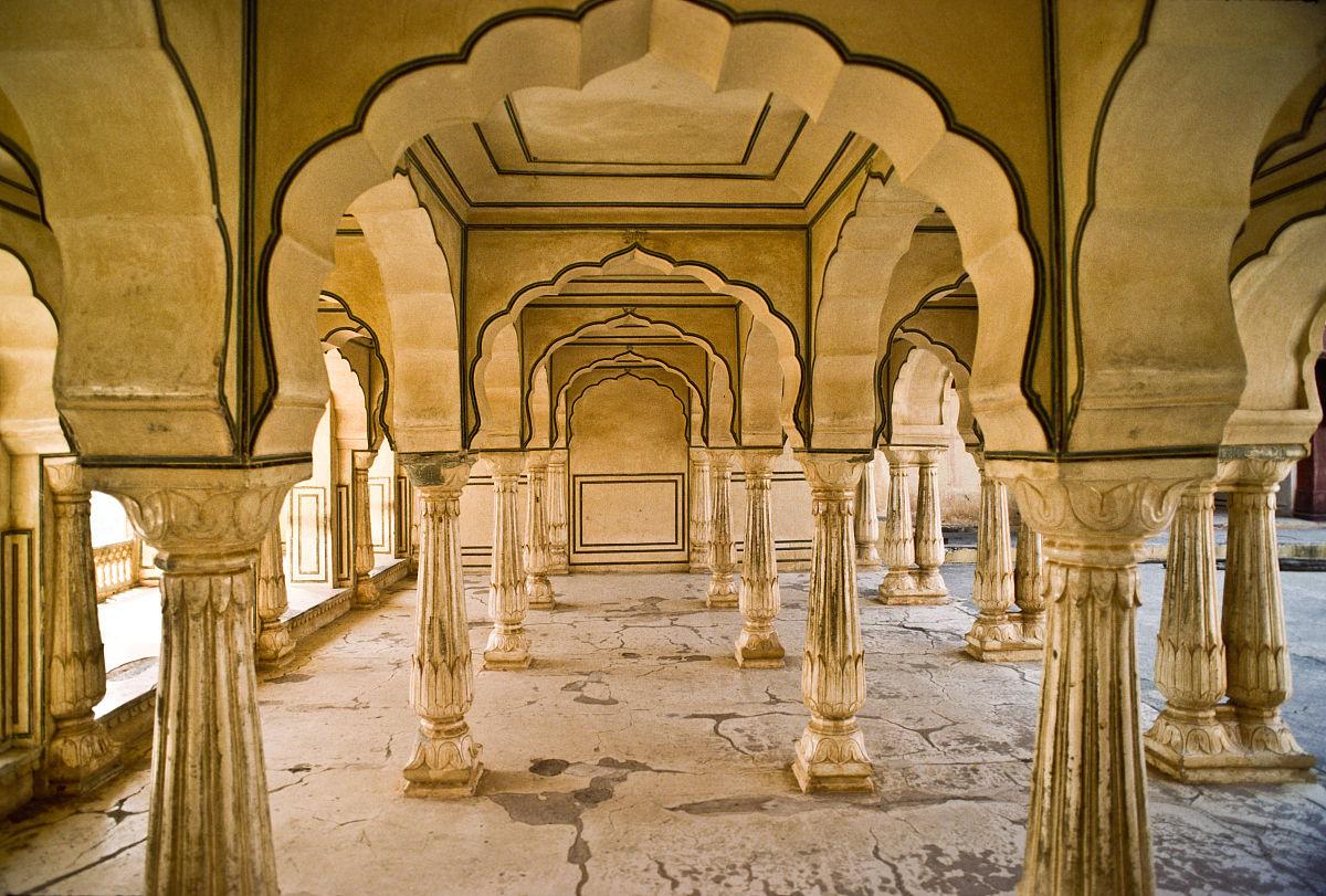 历史,建筑,旅游目的地,水平画幅,室内,印度,柱子,成一排,白昼,沙岩图片