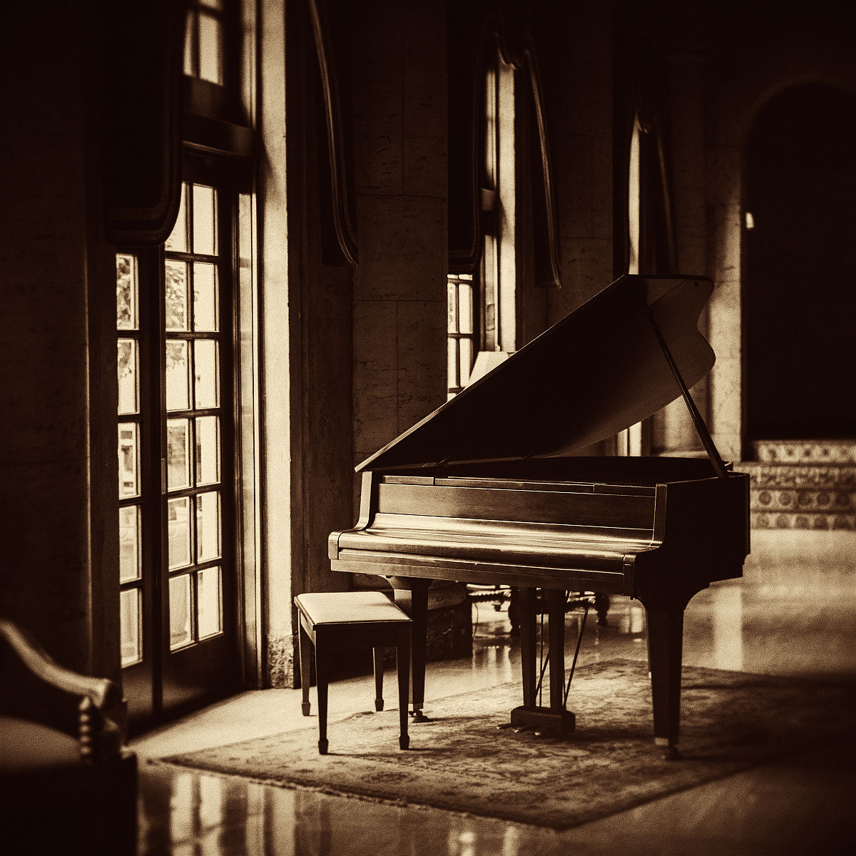 大钢琴图片