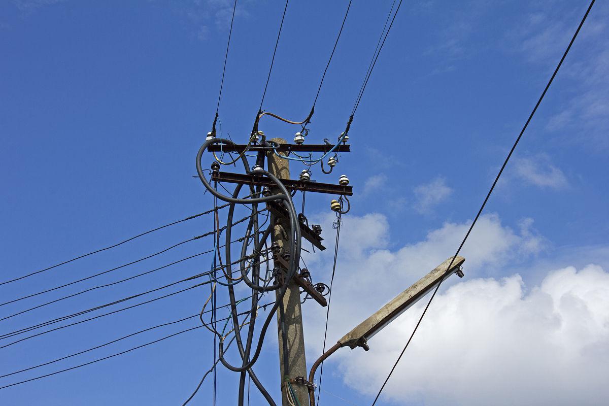 沟通,一见钟情,白昼,电话线,电缆,阿尔巴尼亚,部分,电线杆,联系,相伴图片