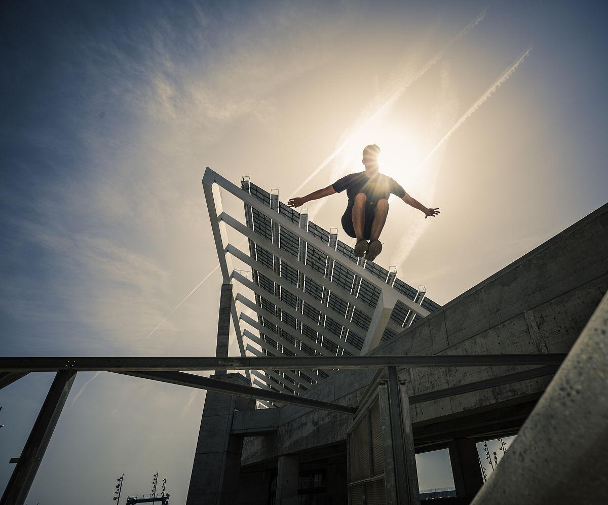 3d极限跑酷电脑版_男性,男人,青年男人,建筑外部,摄影,青春期,真实的人,极限运动,跑酷