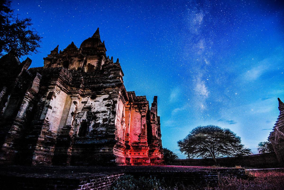 pagoda of bagan银河图片