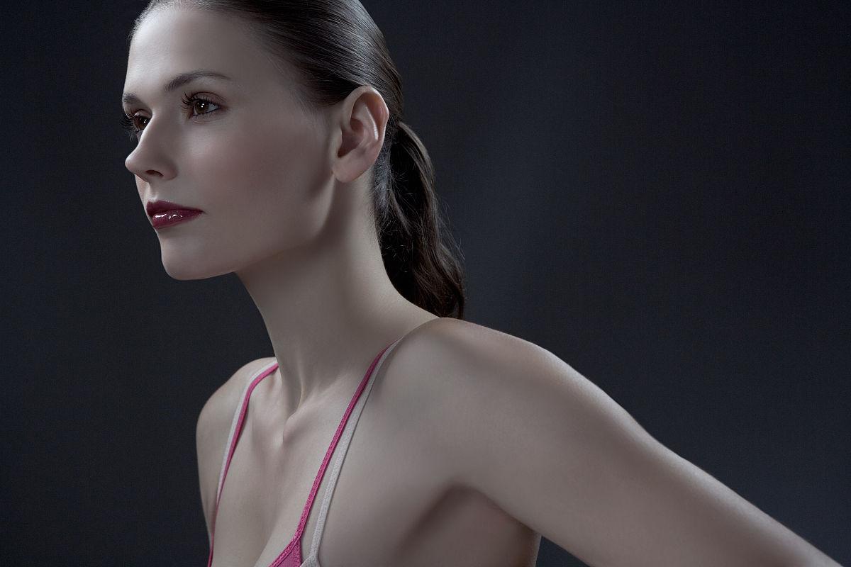 女人�z(�_头和肩射模型工作室