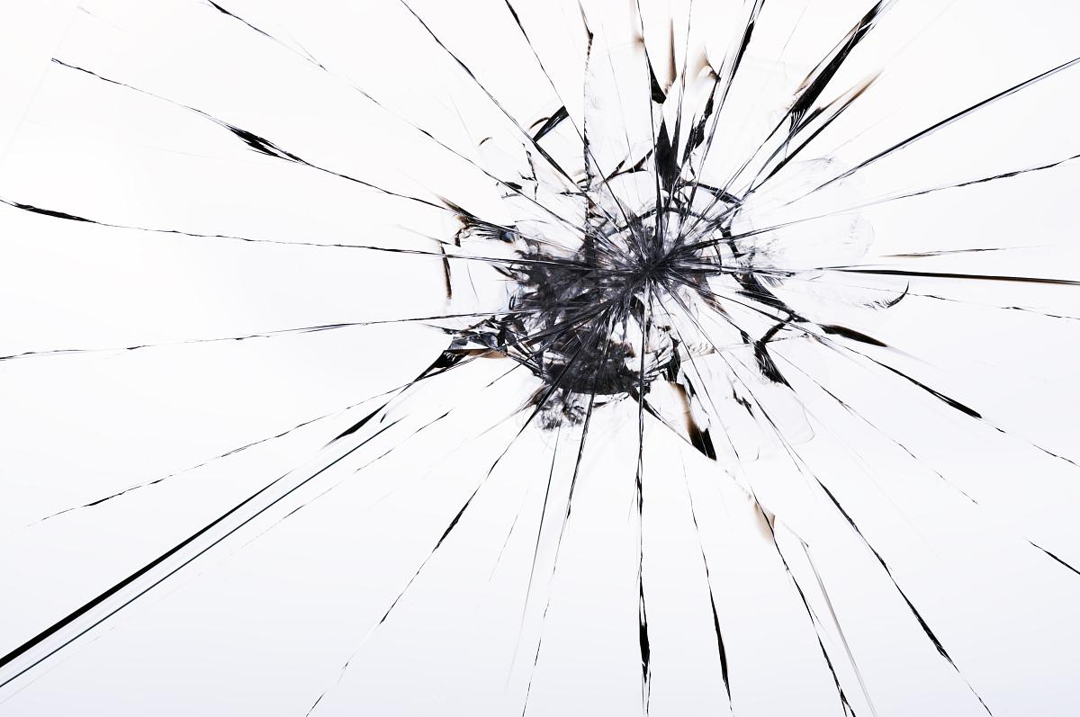 破碎的玻璃图片