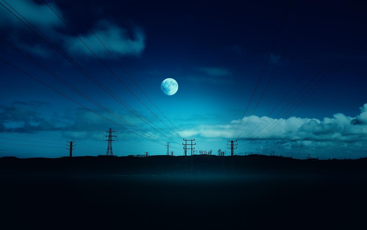 蓝色月光侦探礹.+y��_天空,地形,蓝色,夜晚,月亮,剪影,电话机,暗色,杆,电,月光,充满的,输