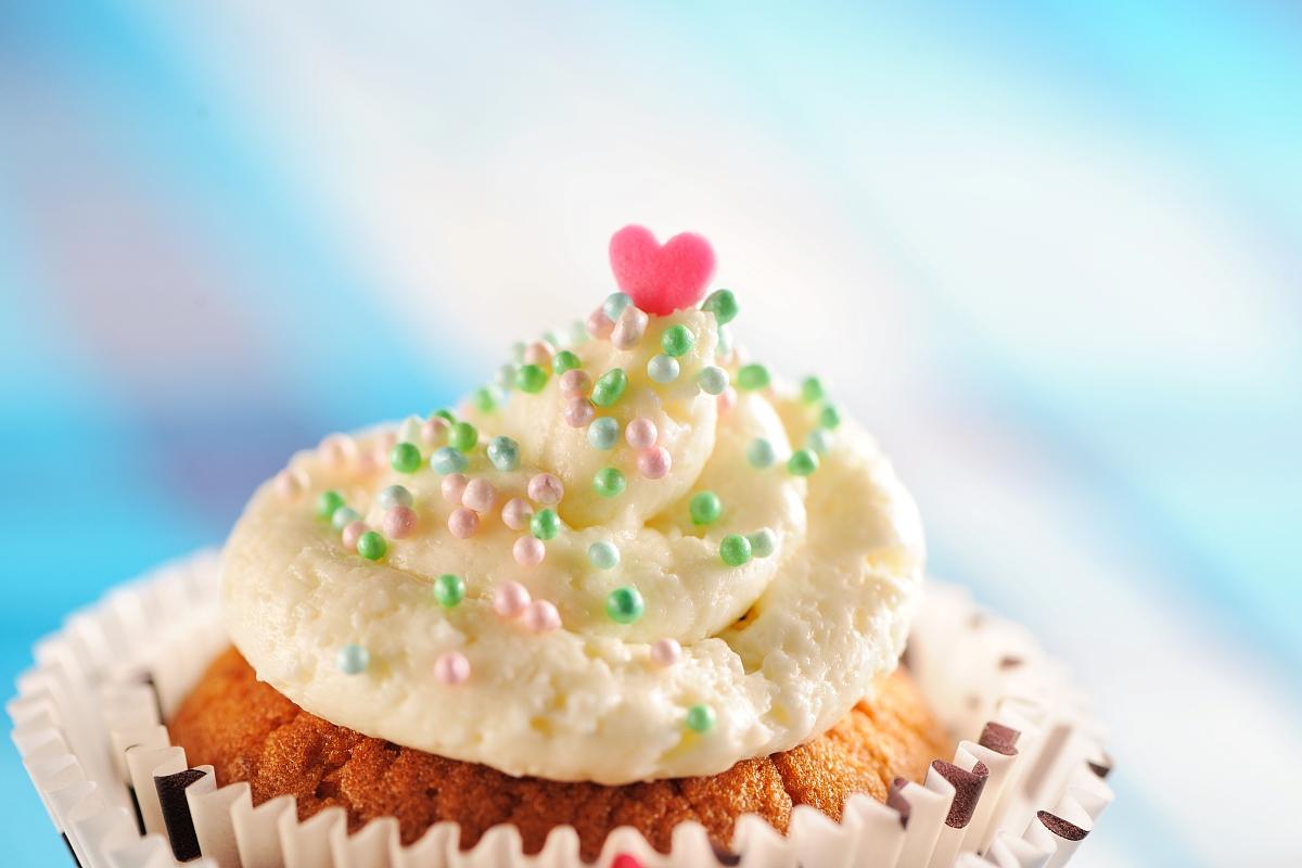 纯奶油蛋糕_奶油蛋糕和冰