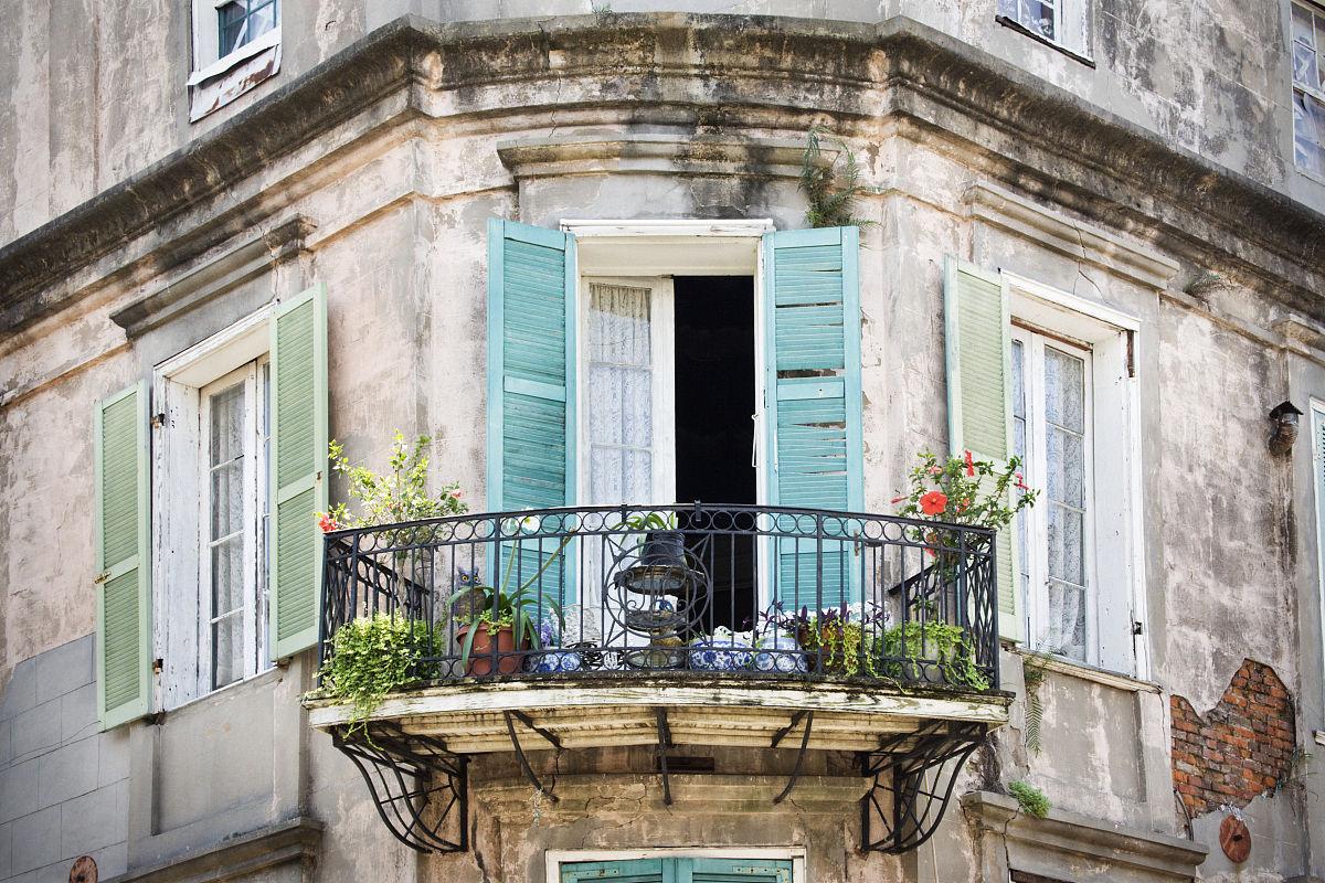 建筑,户外,栏杆,窗户,阳台,百叶窗,古老的,彩色图片,档案,无人,法式门图片
