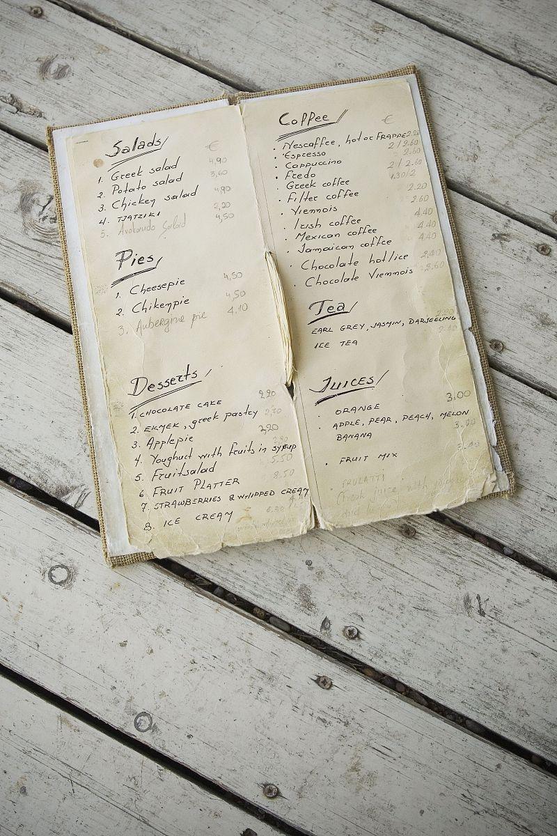 白昼,菜单,文档,垂直画幅,厚木板,餐馆,桌子,无人,户外,报纸,彩色图片