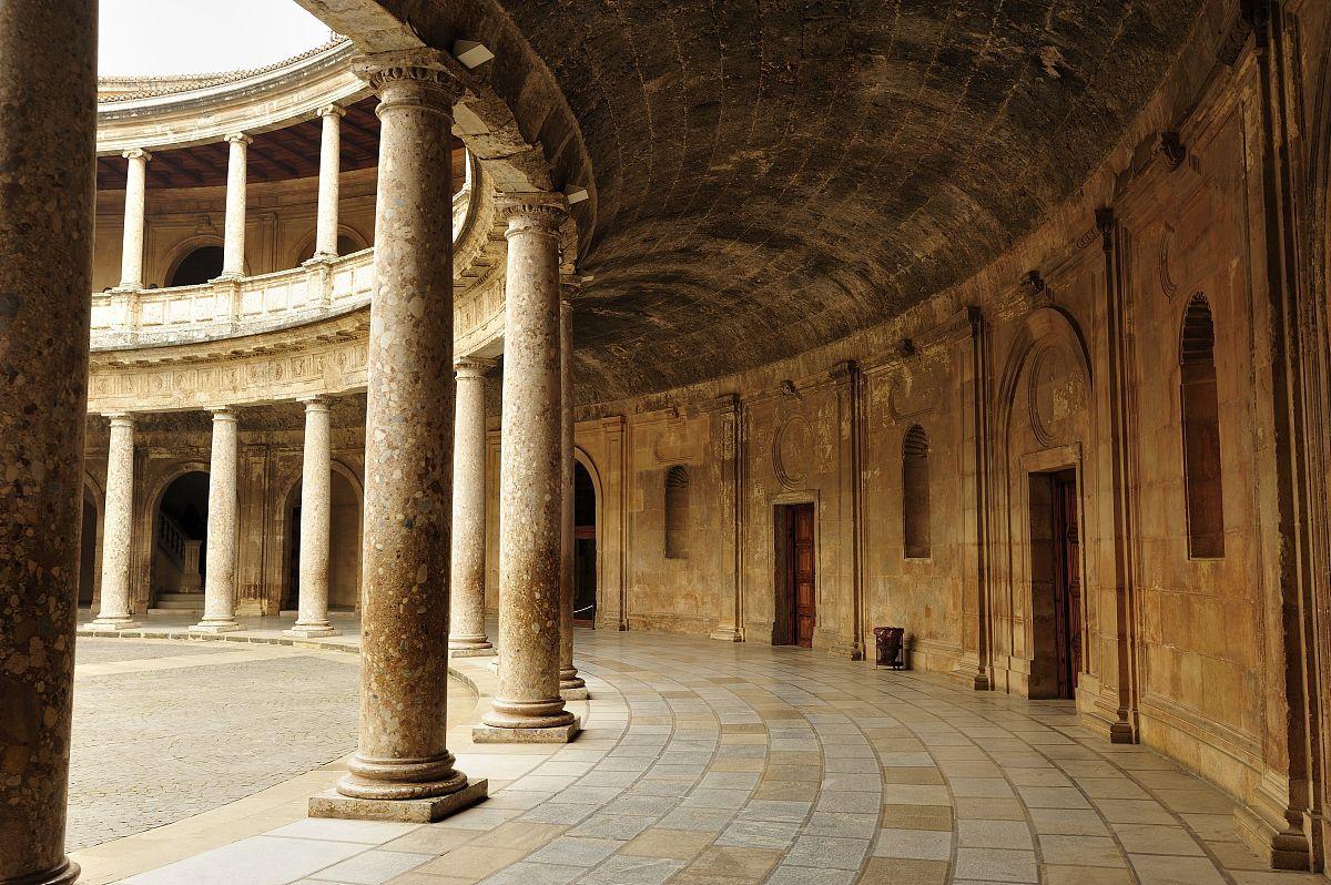 建筑结构,历史,旅游目的地,水平画幅,室内,宫殿,走廊,柱子,西班牙图片