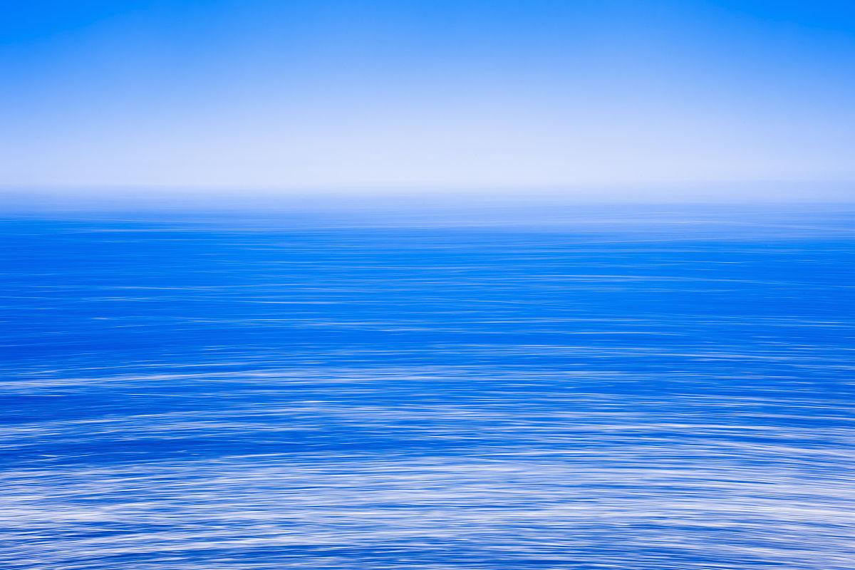 碧海�z.*�yK^[�_柔滑平静的雾开海,蓝天,碧海