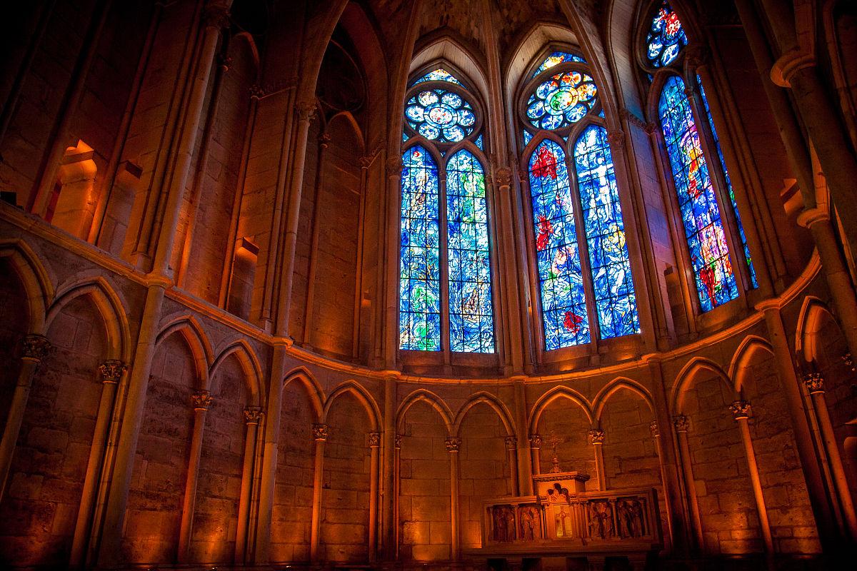 在兰斯圣母院教堂彩绘玻璃,兰斯大教堂图片
