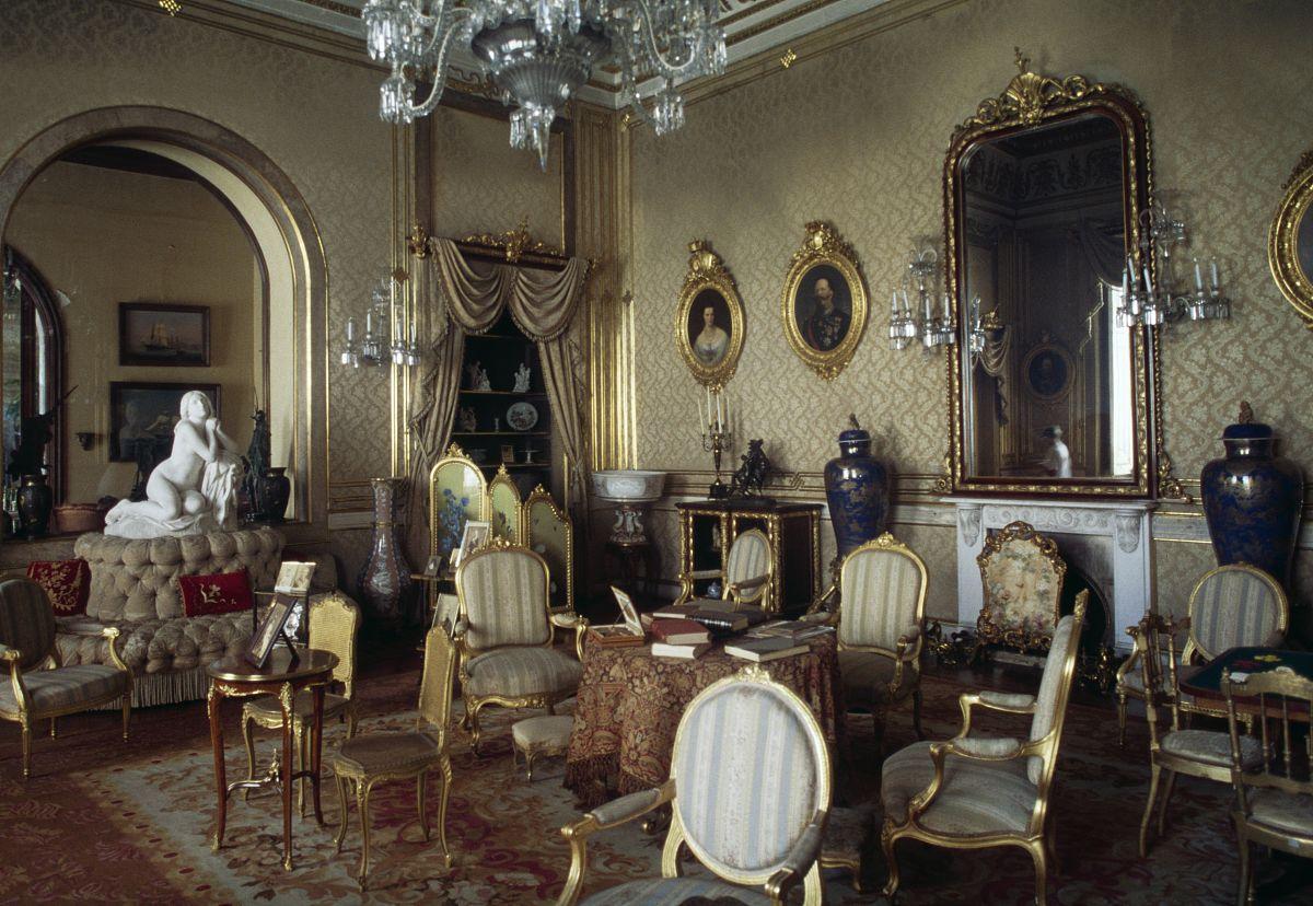 2015年,起居室,摄影,宫殿,利斯本,与摄影有关的场景,水晶吊灯,室内,装图片