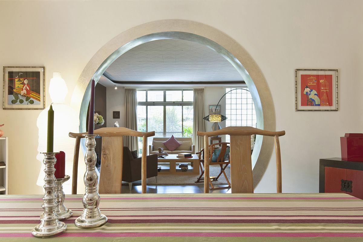 餐桌,椅子,门,圆形,饭厅,桌子,新中式风格,蜡烛,烛台,特写,彩色图片图片