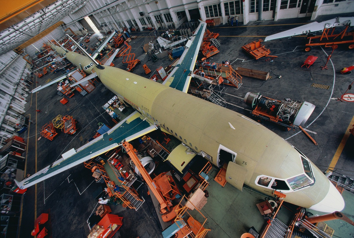 飞机生产,空客320架飞机正在建设中图片