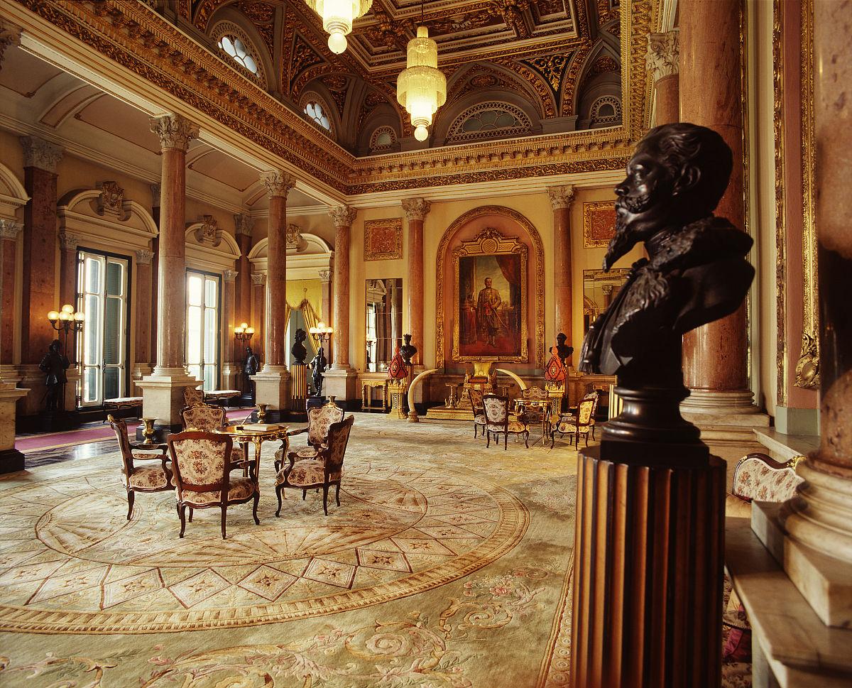 在扎克里摩诃寺楼接待大厅,皇家宫殿.图片