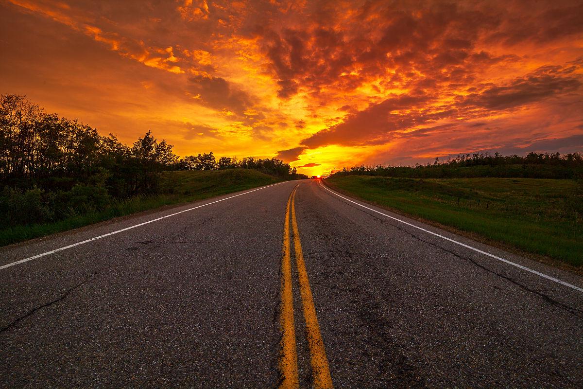 路�_加拿大,天空,地形,日落,彩色图片,旅行,日光,路,美女,户外,亚伯达