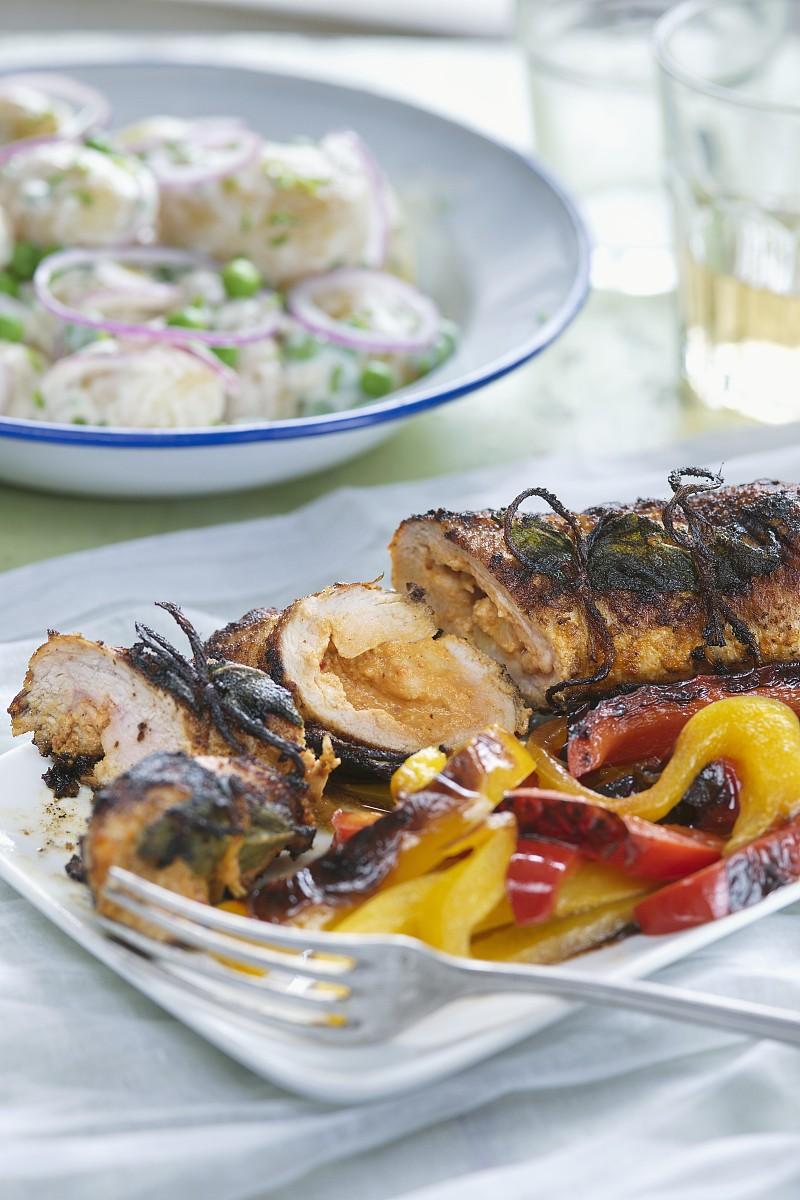 灯笼椒,食品,西式辣椒酱,主菜,肉,肉制品,椒类食物,猪肉,土豆沙拉,烤图片