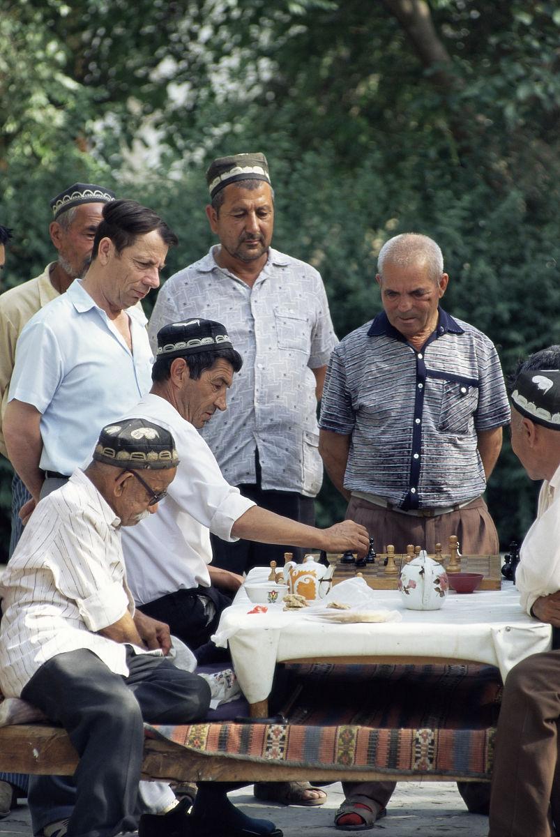 �9��y.ly/)���y�,yl#�+N{�z�_老年人下棋,lyab-i-khauz,布哈拉,乌兹别克斯坦,中亚,亚洲