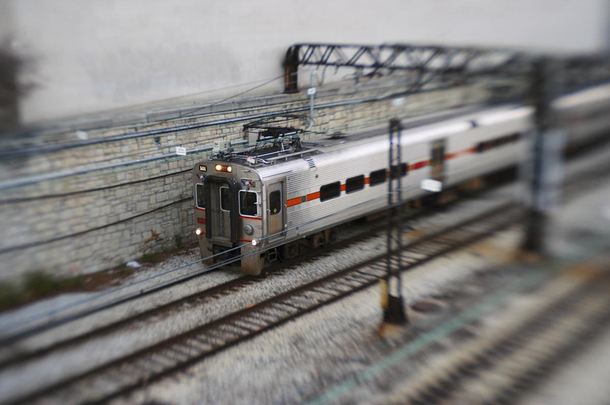 火车_城市设置通勤列车发车站.