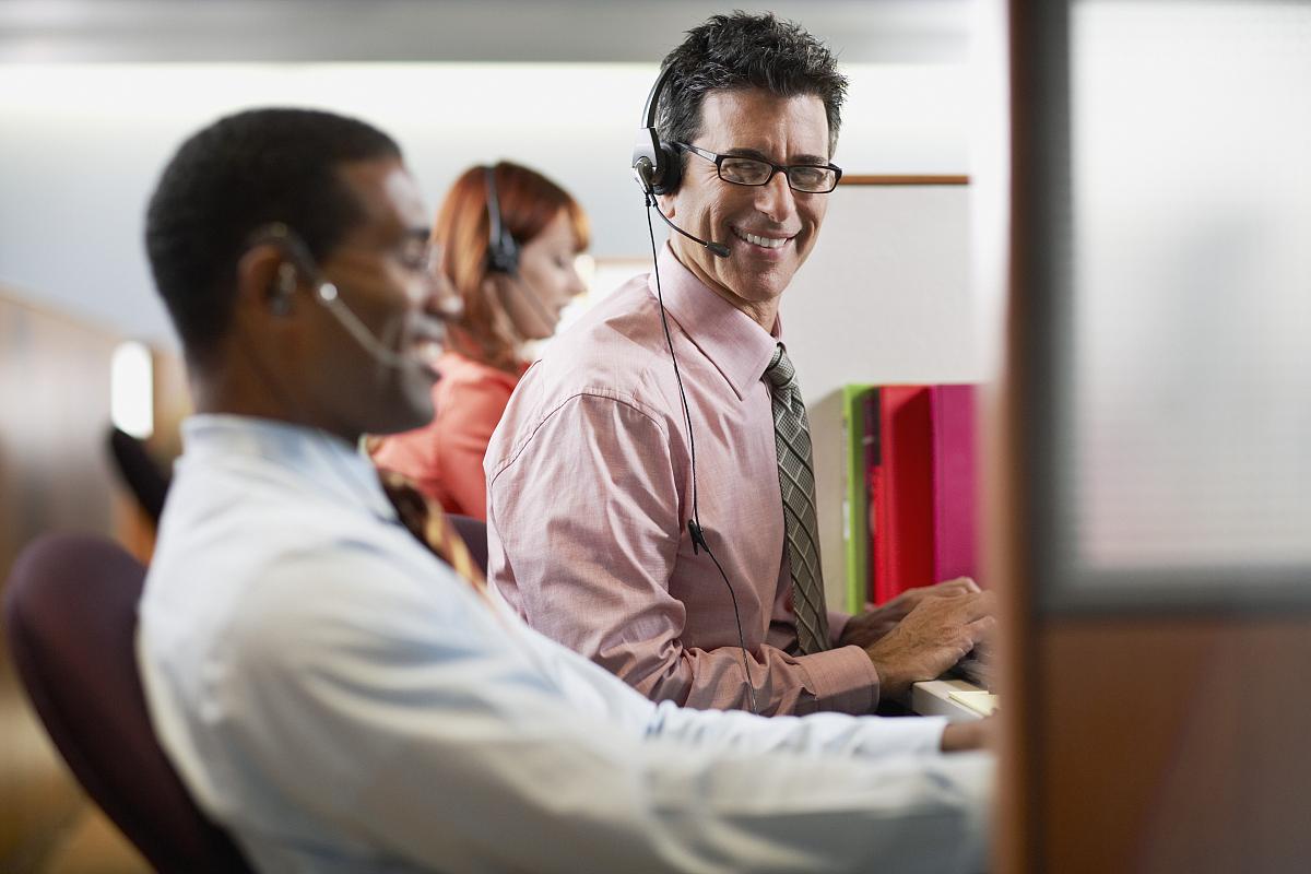呼叫中心客户服务代表图片