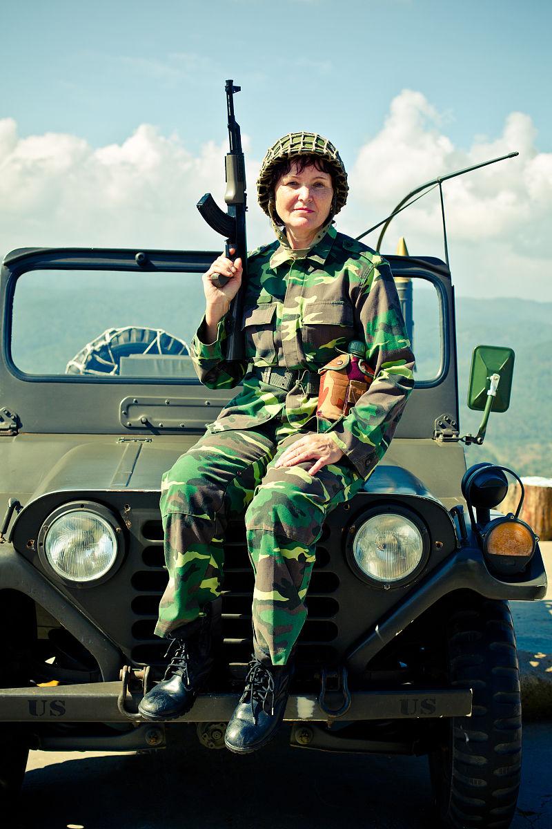 军队,驾车,摄影,制服,人,军服,英雄,头饰,雌性动物,saudi military