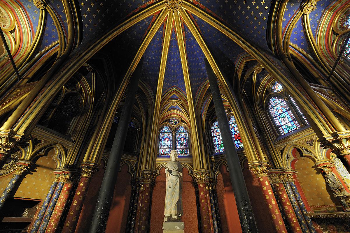 室内,中世纪时代,欧洲,彩色玻璃,雕塑,宗教建筑,法国,雕像,教堂,小礼图片