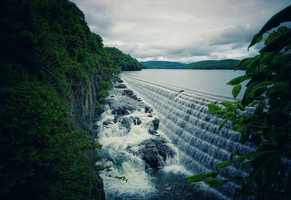 水彩画颜料,流动,自来水,自然美,饮用水,流水,河流,瀑布,户外,人间图片