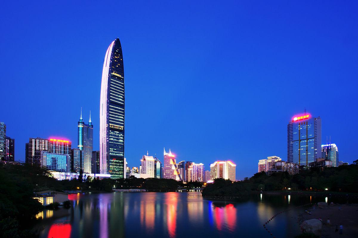 建筑摄影水平画幅平视角广东省深圳办公大楼摩天大楼住房