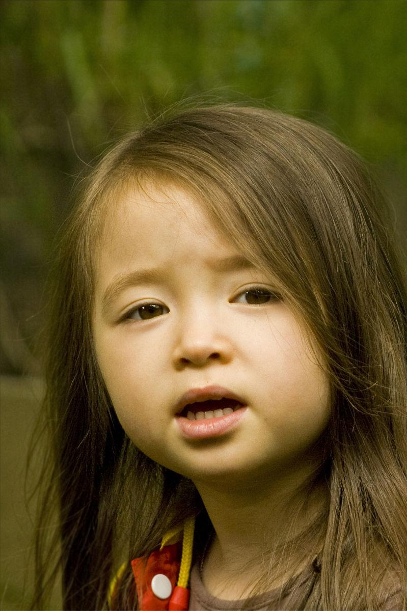 头和肩膀,金色头发,英国,白昼,童年,一个人,儿童,彩色图片,仅一个女孩图片
