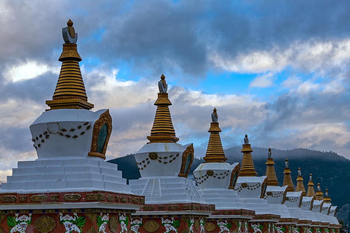 藏式佛塔图片