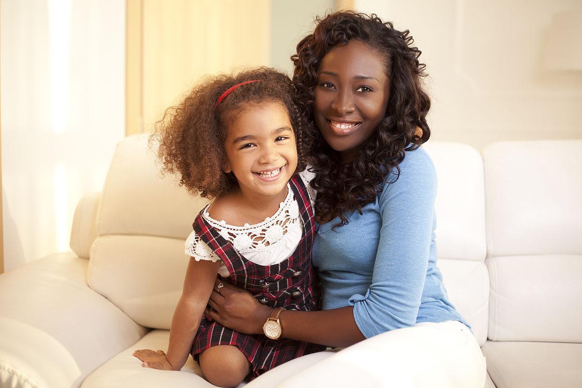 儿童,混血儿,2015年,棕色头发,褐色眼睛,水平画幅,快乐,非洲人,摄影图片