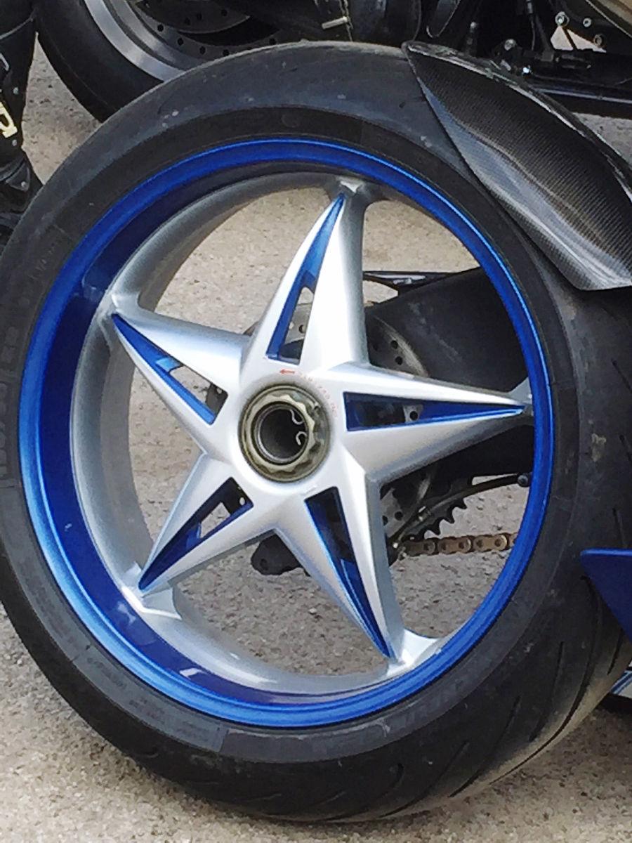 车轮胎����9��9�+_摩托车轮胎的关闭