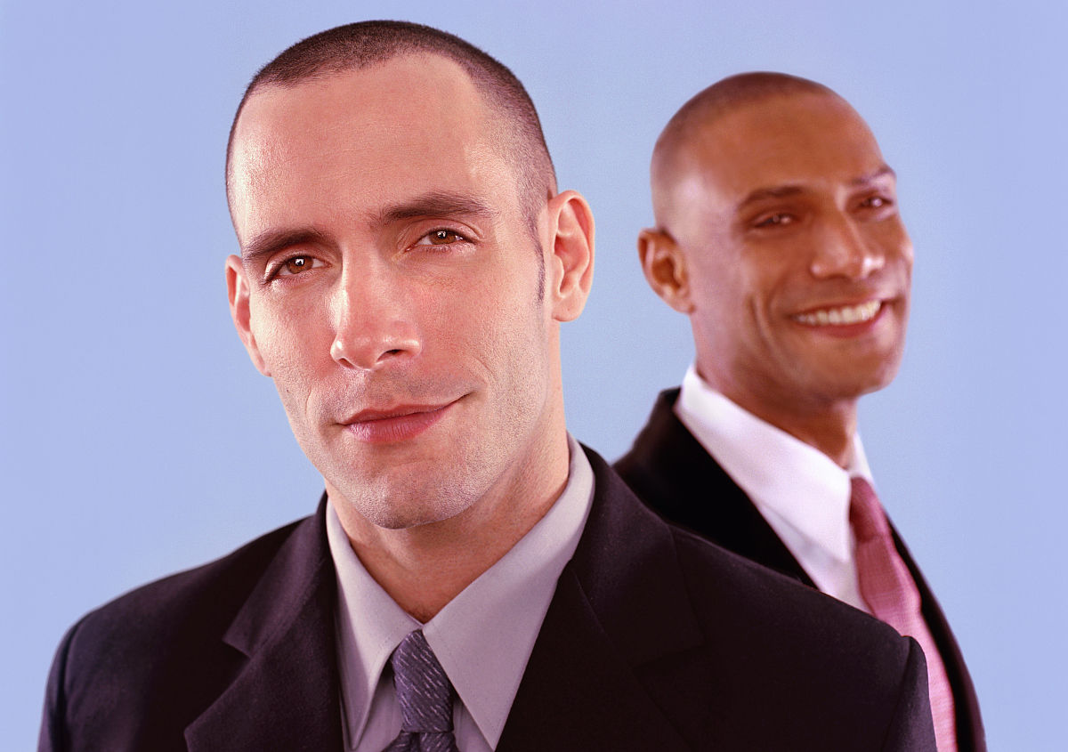 拉美人和西班牙裔人,黑色人种,非洲人,中年男人,仅中年男人,发型,剃图片