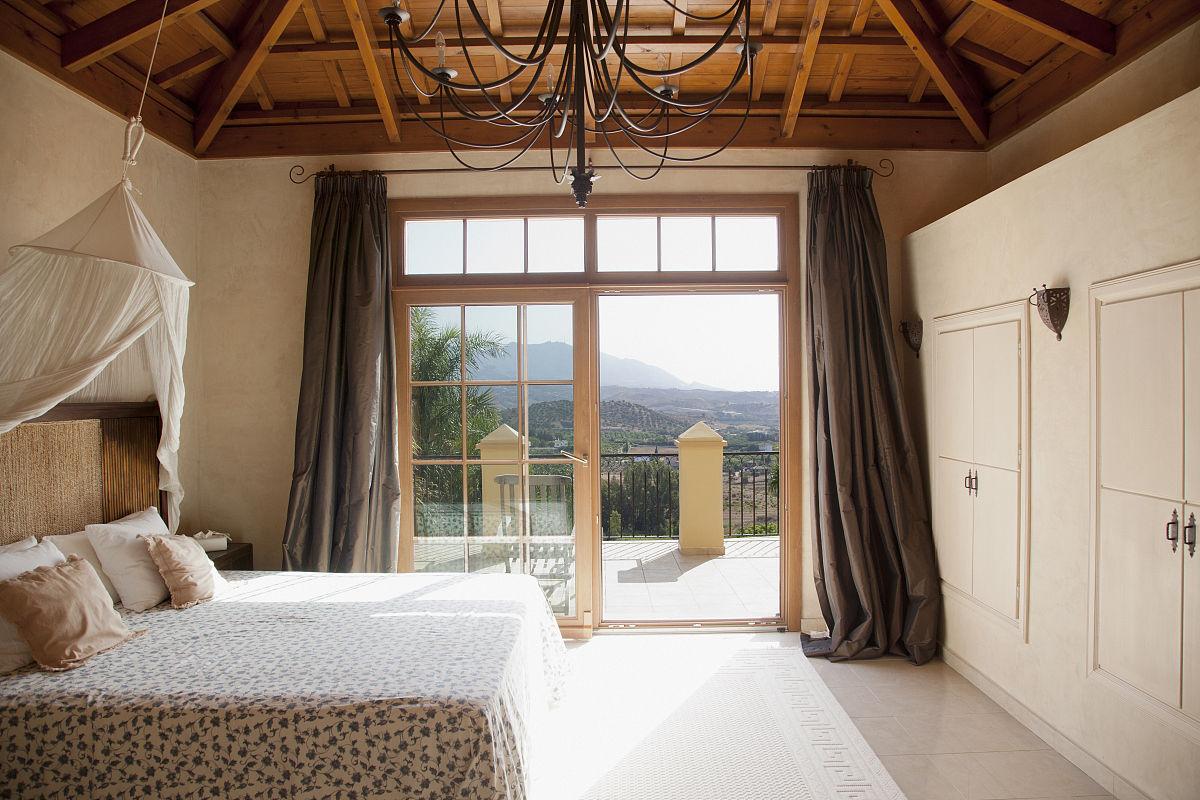 华贵,住宅内部,床,窗帘,建筑,水平画幅,室内,卧室,窗户,阳台,西班牙图片