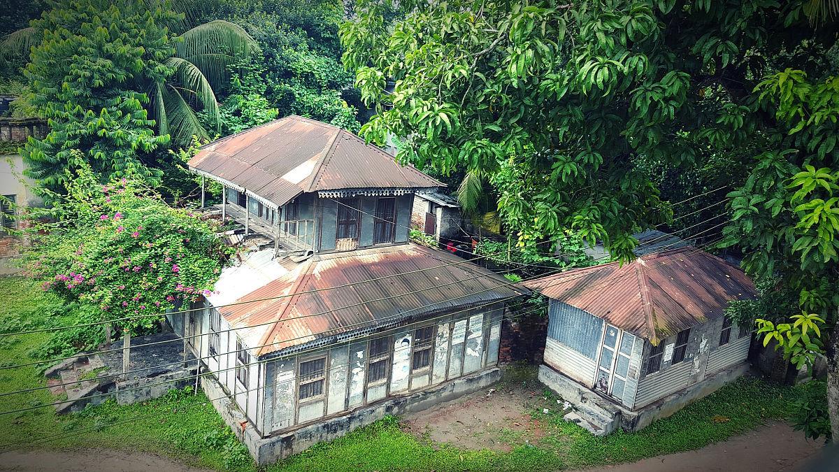 建筑结构,自然,白昼,建筑外部,房屋,无人,屋顶,建造物,树,2015年图片