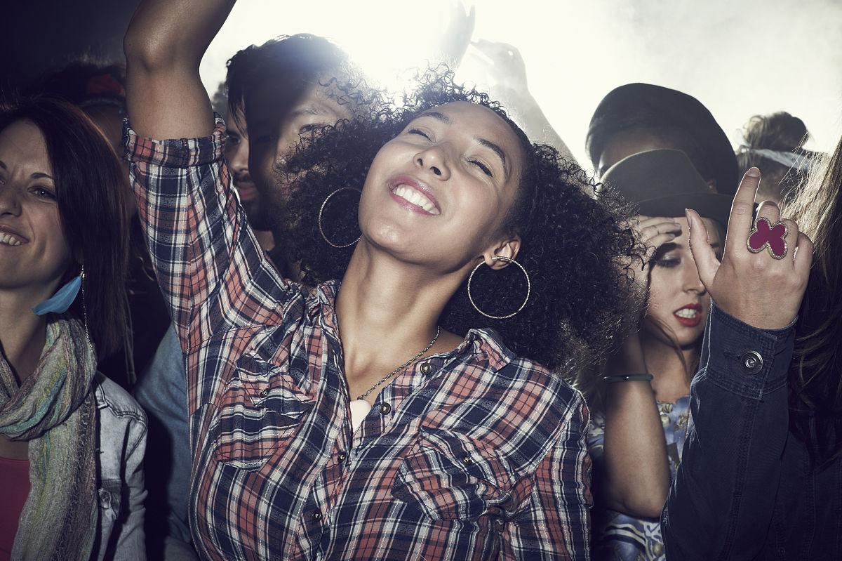 流行音乐会,参观者,拉美人和西班牙裔人,中国人,户外,非洲人,人体图片