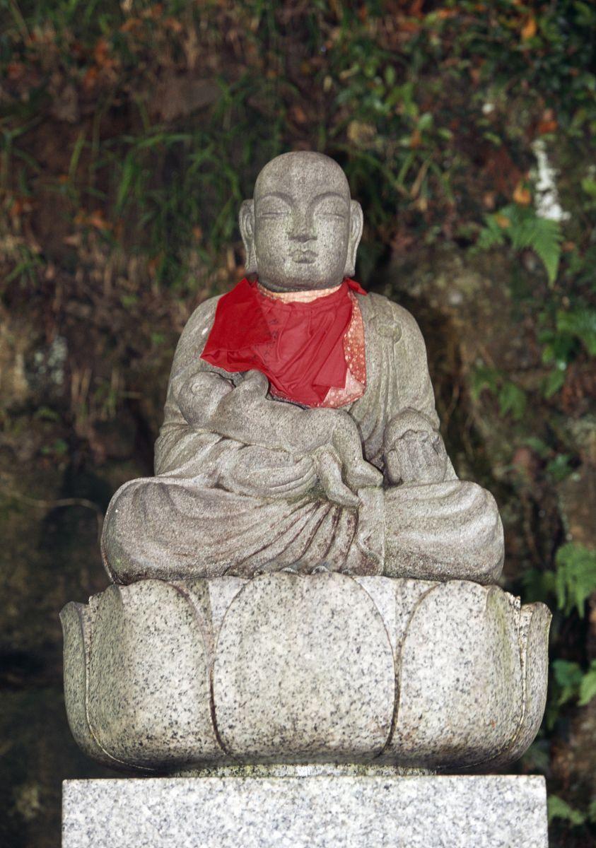 jurin韩国_在jurinji寺在西宫,关西,日本第九个世纪的雕像
