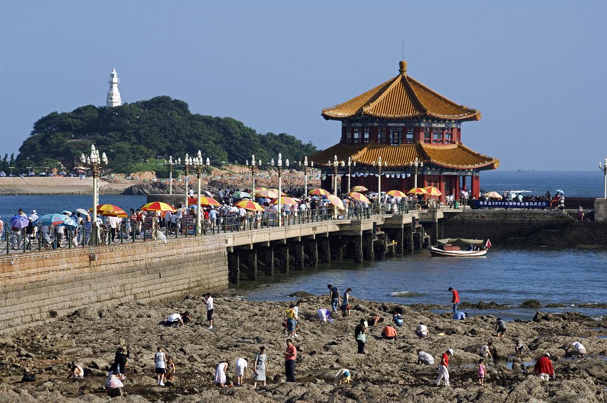 中国,山东省,青岛市.惠兰阁海滨沙滩度假村和2008奥运会帆船比赛举办.图片
