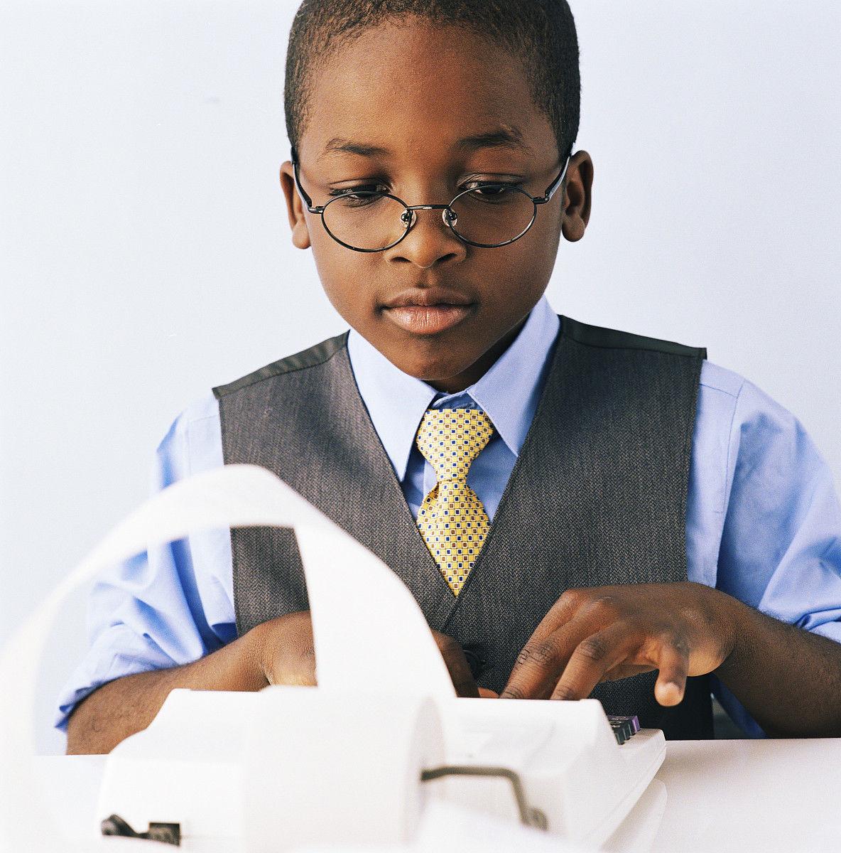 商务人士,男商人,马甲,发型,寸头,收银条,坐,黑色人种,非洲人,儿童,仅图片