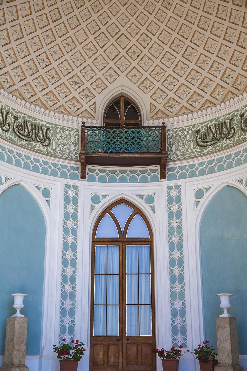 乌克兰,克里米亚,雅尔塔,aluppka宫殿由英国建筑师edward blorewho图片