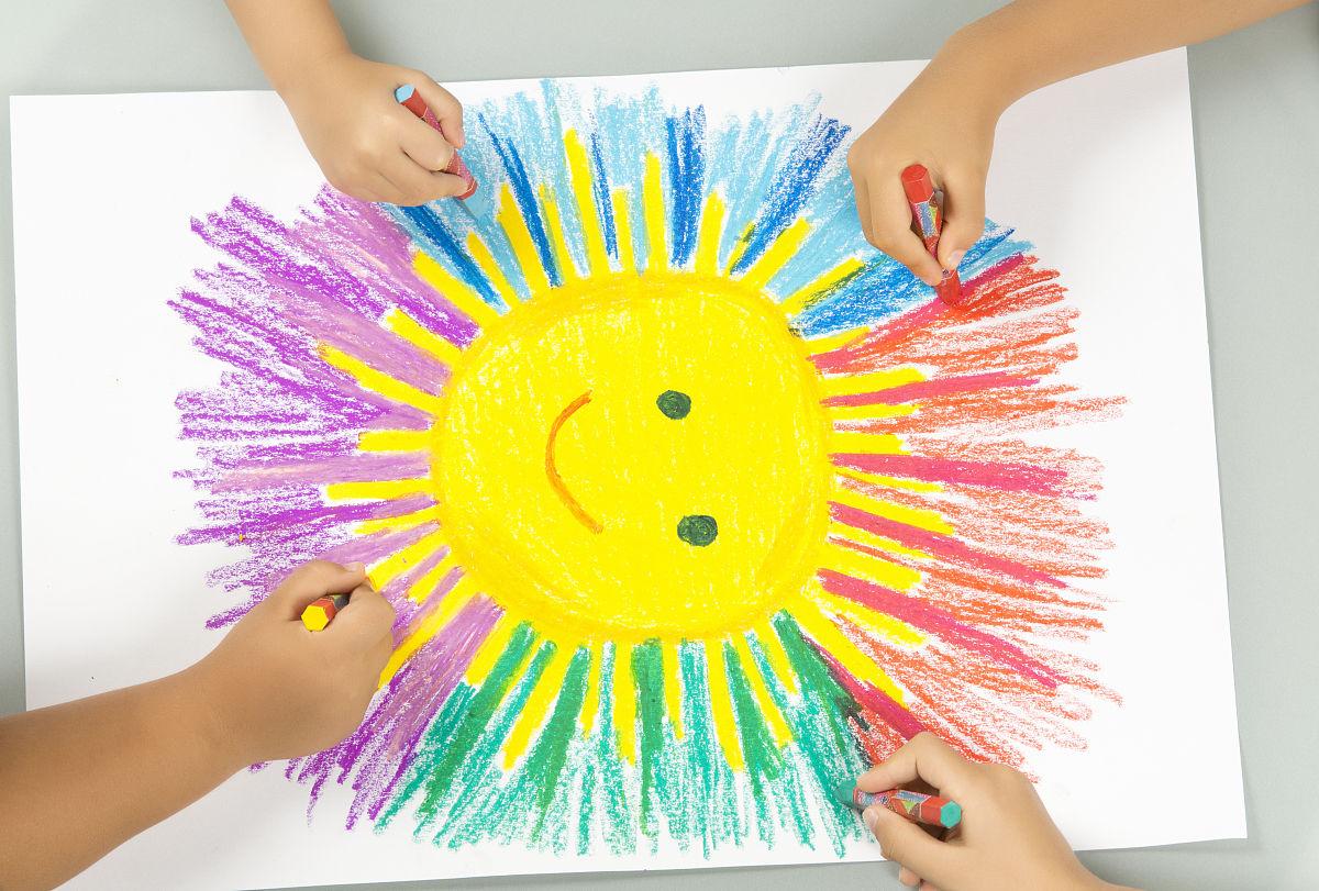合作,画笔,日光,艺术,教育,幼儿园学童,手,绘画作品,水平画幅,幼儿园图片