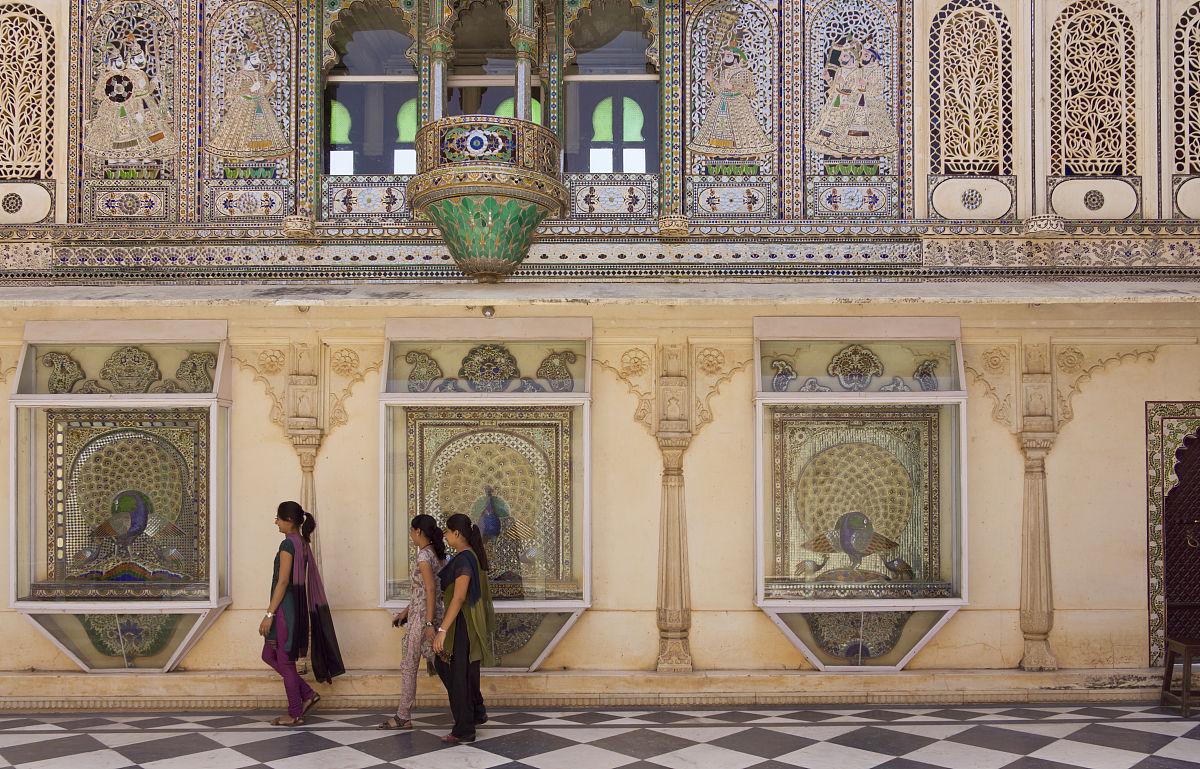 乌代布尔,砖地,摄影,宫殿,与摄影有关的场景,白昼,人,三个人,室内图片