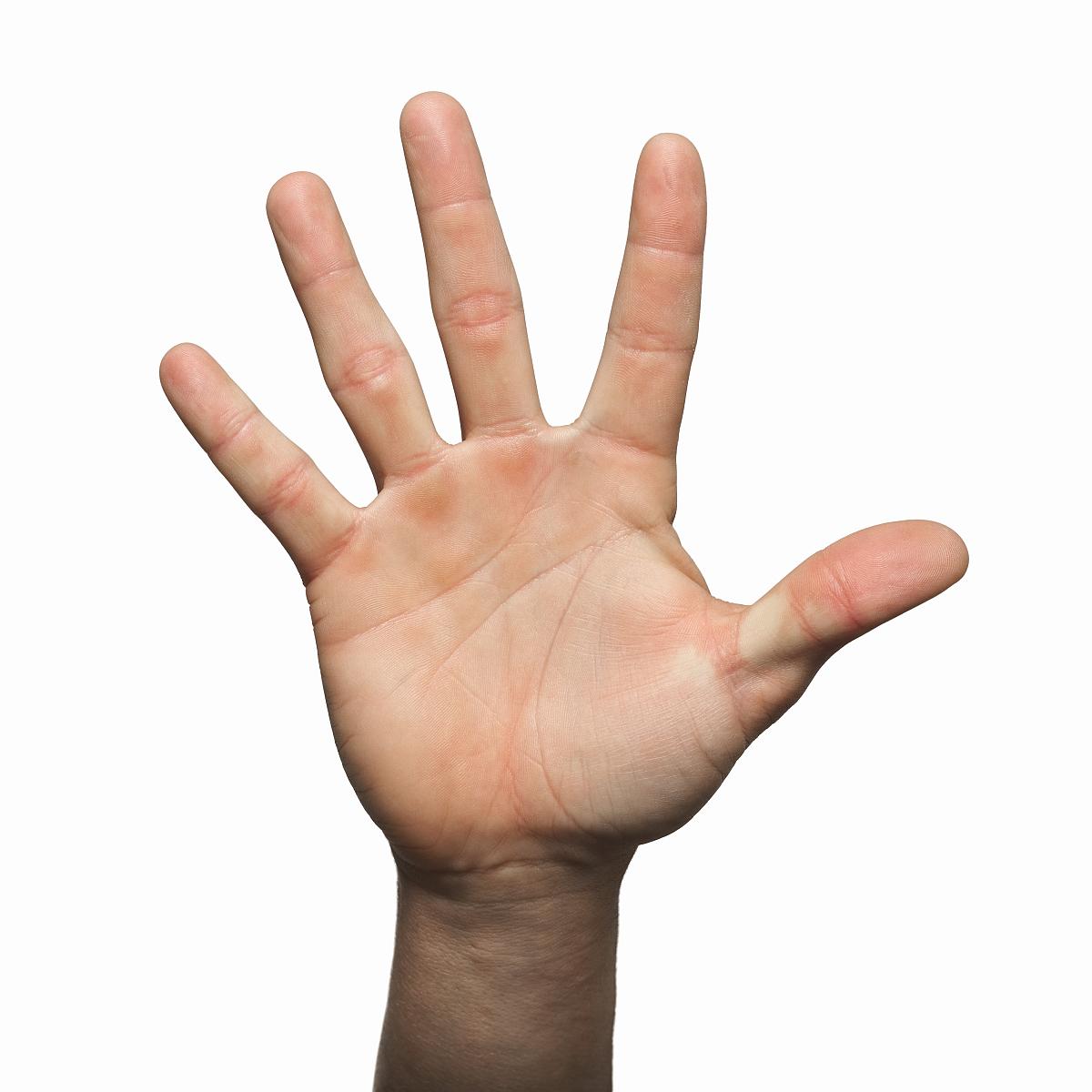 闭上�9�/9/h9�9��o^�_闭上了男人的手拿着五个手指