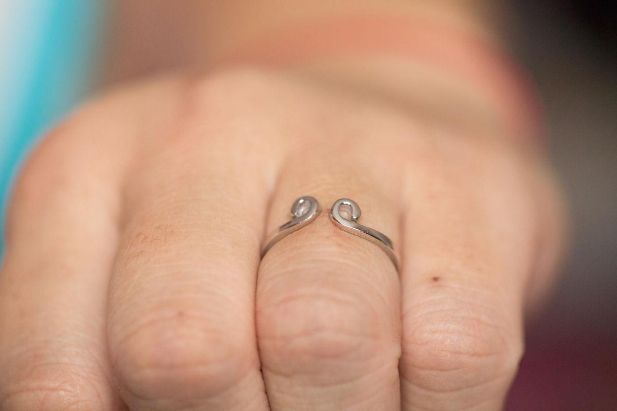 金箍圈纹身手指分享展示图片