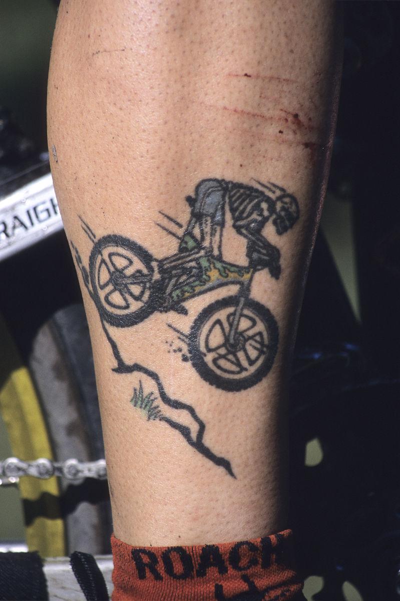 山地自行车纹身,不列颠哥伦比亚,加拿大.图片