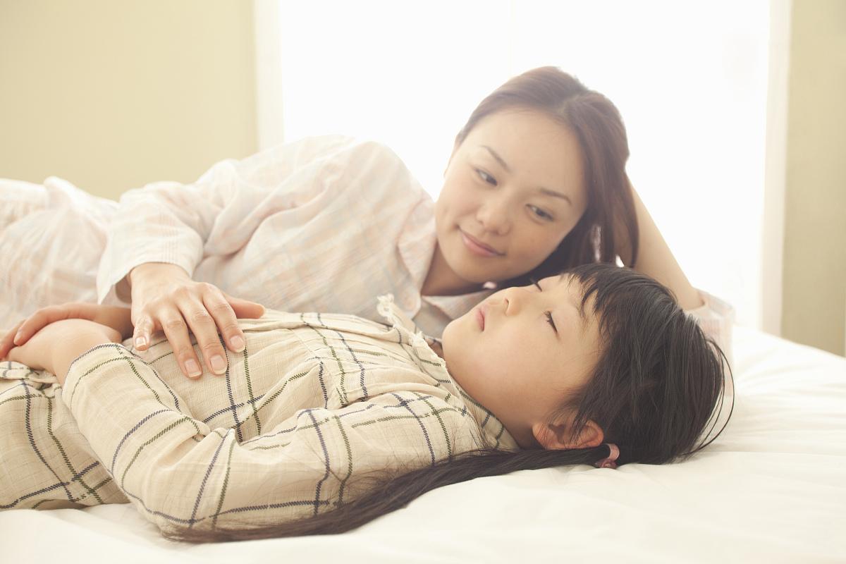 [黑白中文]妈妈睡着后[20p]