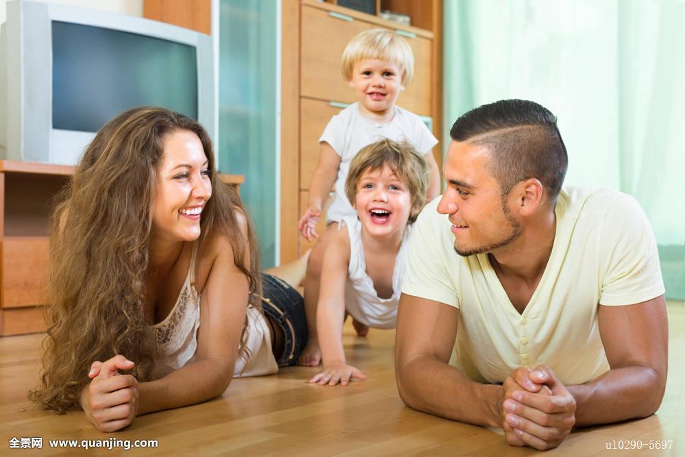 男人,后代,父母,人,头像,房间,享受,一起,女人,年轻,情侣,儿童,母亲图片