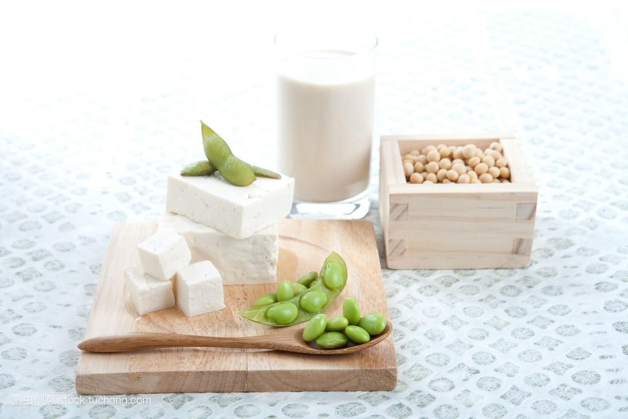 食品�zl�9��9�+_健康,食品,豆腐,汤匙,食物,美食,董事长,豆子,主任,导演,物体,成份