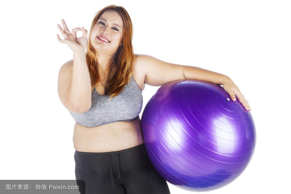 肥胖老女聊天视频_肥胖女子健身球显示ok