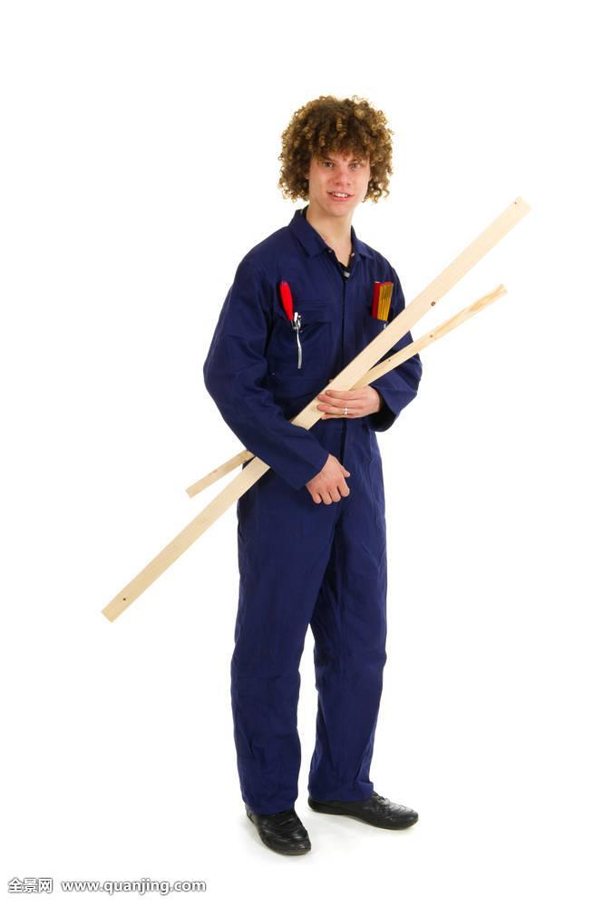 工具,人,男人,卷发,头发,教育,卷曲,毛发,学校,测量,木头,站立,长度图片